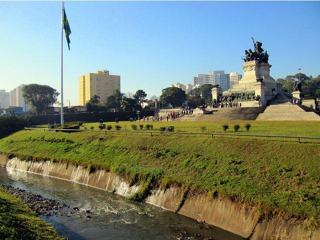 riacho-monumento-ipiranga